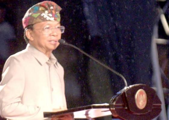 Nusabali.com - gubernur-koster-doakan-jokowi-terpilih-lagi