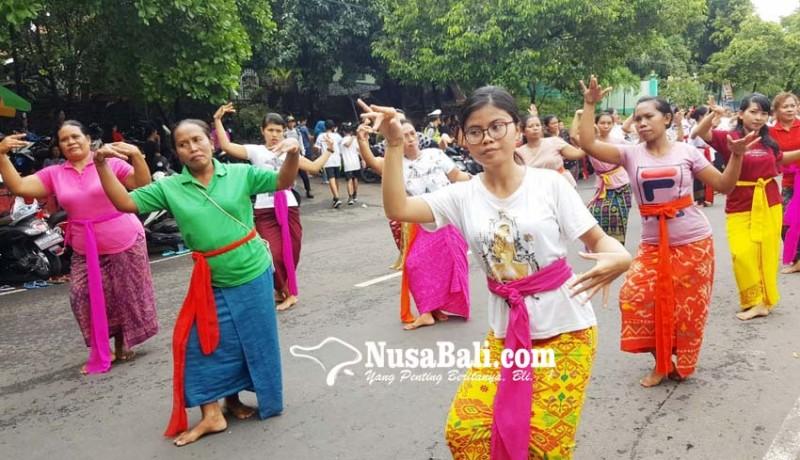 www.nusabali.com-7400-penari-rejang-renteng-bersiap-di-hut-kota-singaraja