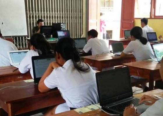 Nusabali.com - hari-pertama-11-siswa-tak-ikut-unbk-smk