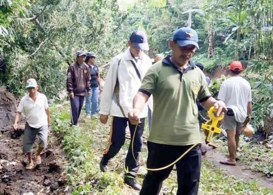 Nusabali.com - dua-irigasi-subak-terimbas-longsor-warga-berharap-segera-ada-penanganan