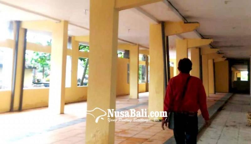 www.nusabali.com-lapak-dagang-pakaian-tergenang-air