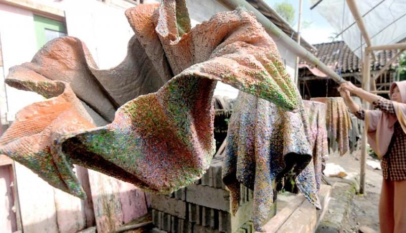 Nusabali Com Kerajinan Pot Dari Kain Handuk