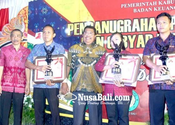 Nusabali.com - buleleng-luncurkan-program-desa-star-pajak