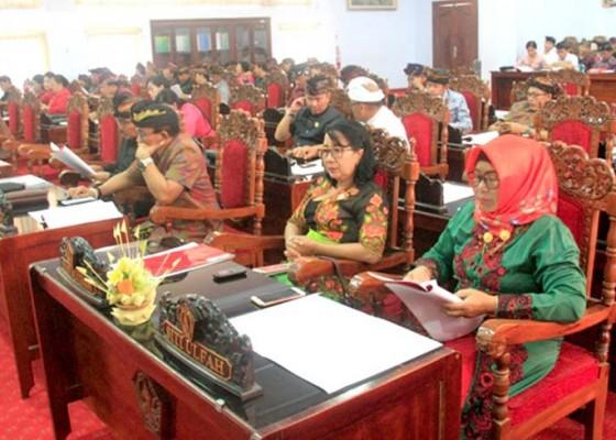 Nusabali.com - rapat-paripurna-digelar-menggunakan-bahasa-bali