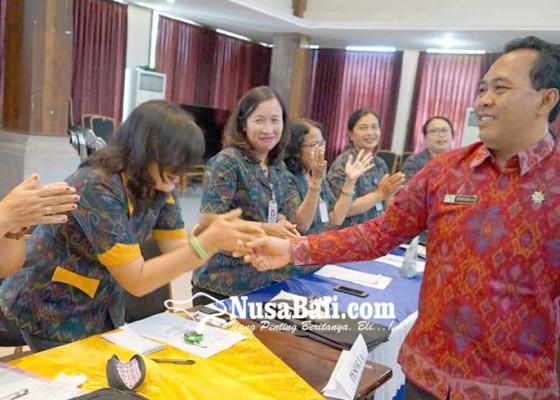 Nusabali.com - gelar-seminar-pdam-perbaiki-kualitas-komunikasi