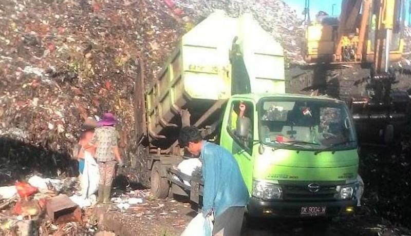 www.nusabali.com-dinas-lingkungan-hidup-jembrana-beli-sampah-plastik-di-tpa-peh