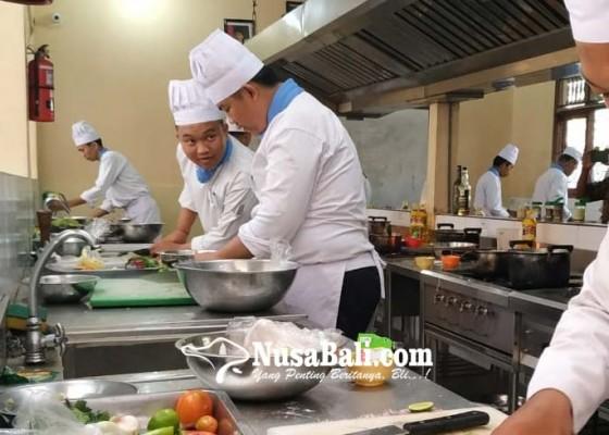 Nusabali.com - ratusan-murid-smk-ikuti-uji-kompetensi
