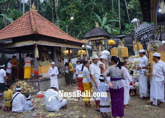 Nusabali.com - aktivitas-10-kantor-dan-6-sekolah-di-ulakan-pun-diliburkan