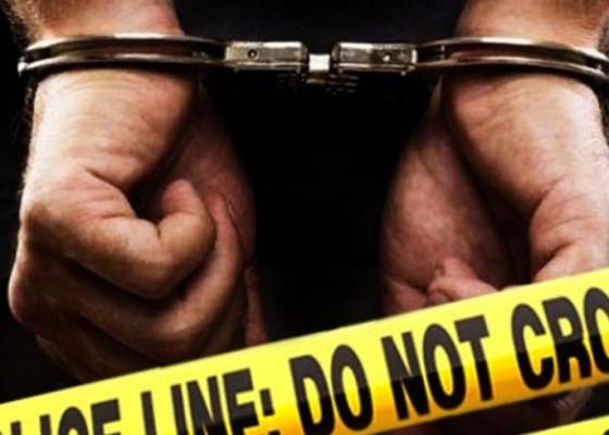 Nusabali.com - hina-polisi-di-fb-anggota-ormas-dituntut-6-bulan