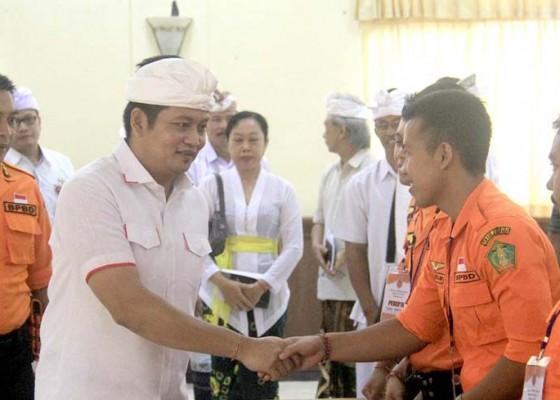 Nusabali.com - buka-pelatihan-trc-bpbd-wabup-kembang-minta-pahami-sop