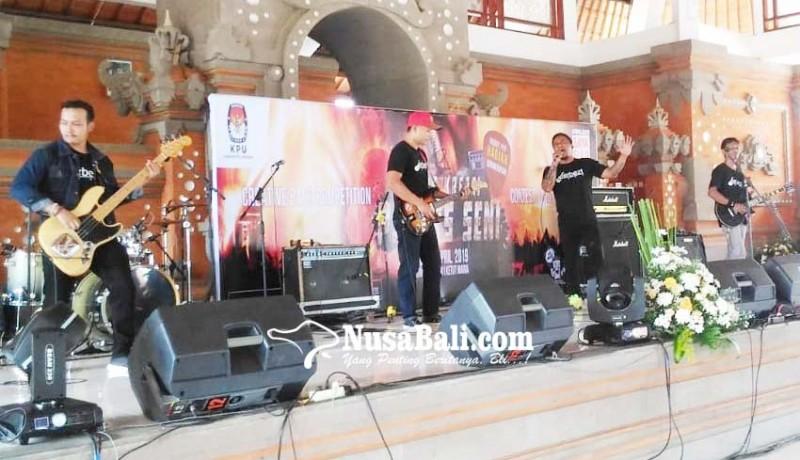 www.nusabali.com-band-napi-tabanan-juara-i-lomba-musik-di-kpu