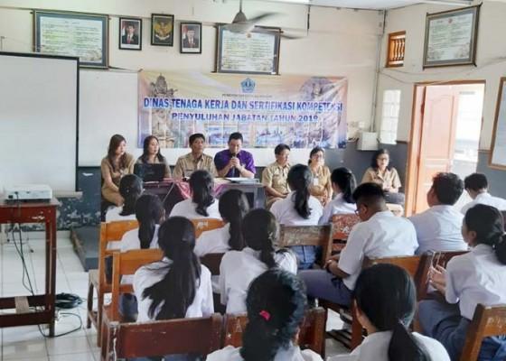 Nusabali.com - dtksk-denpasar-sasar-siswa-smasmk