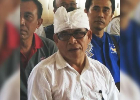 Nusabali.com - hartanya-minus-cawabup-jembrana-protes