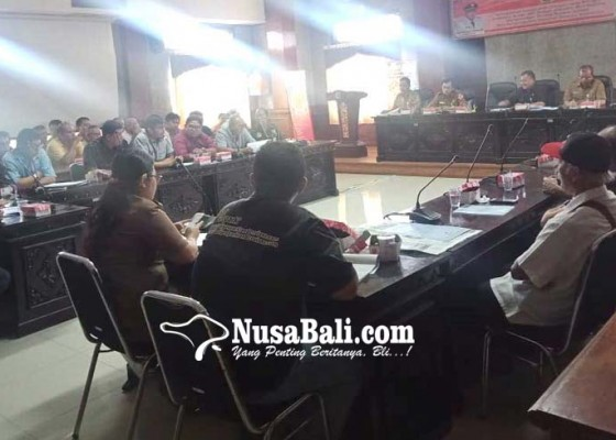 Nusabali.com - pedagang-minta-kompensasi-ruko