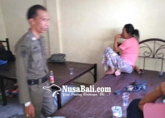 Nusabali.com - satpol-pp-denpasar-ciduk-lima-psk