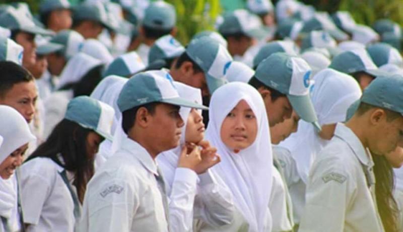 www.nusabali.com-375-siswa-smkn-1-singaraja-disertifikasi