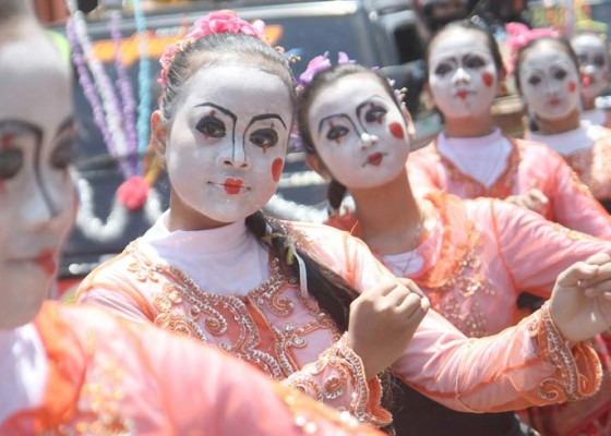 Nusabali.com - kirab-budaya-hari-jadi-nganjuk