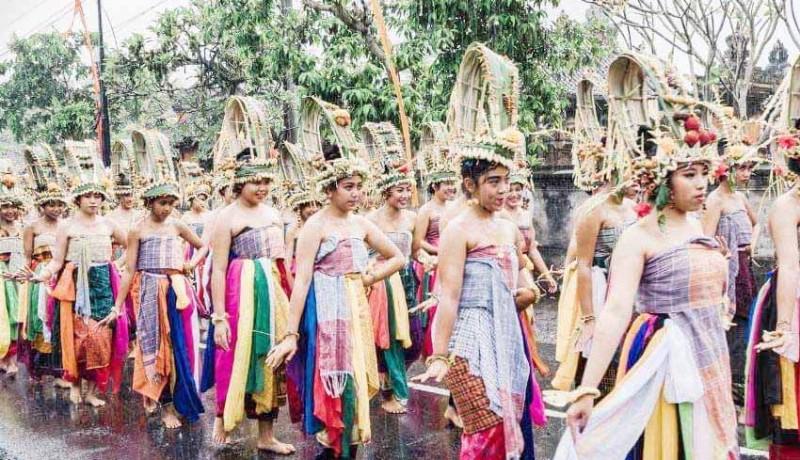 www.nusabali.com-desa-adat-nongan-hidupkan-tari-rejang-pala