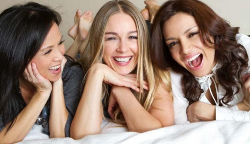 www.nusabali.com-kesehatan-tertawa-membantu-melawan-penyakit