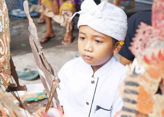 Nusabali.com - tergugah-menarikan-wayang-sejak-tk