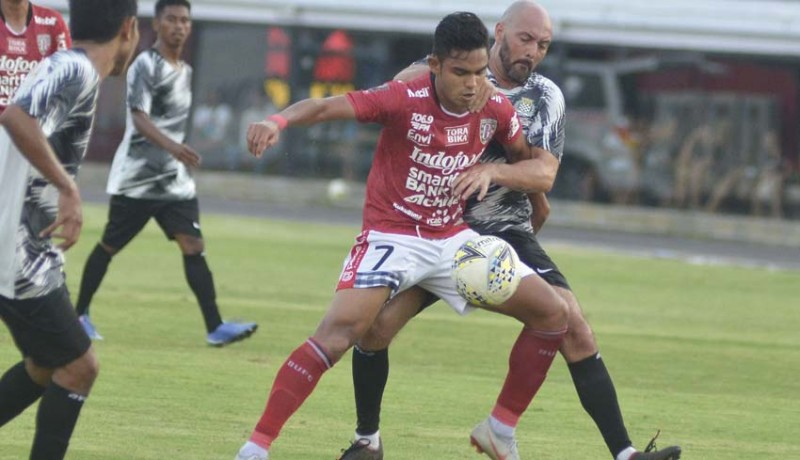 www.nusabali.com-bali-united-hajar-klub-timor-leste-4-1