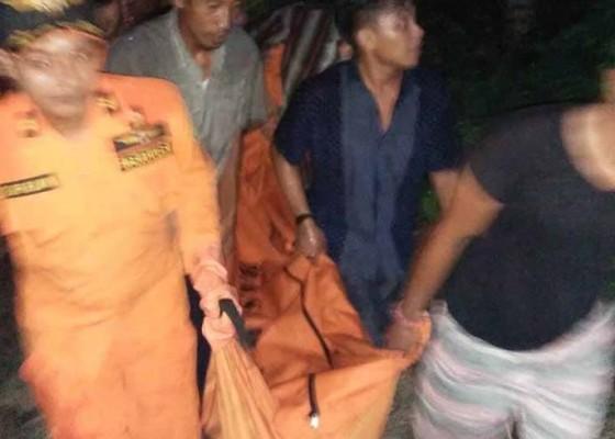 Nusabali.com - pemancing-tewas-dihantam-ombak-pantai-batu-manak