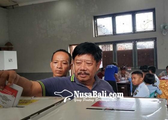 Nusabali.com - winasa-dan-ratusan-warga-binaan-nyoblos
