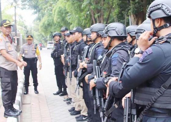 Nusabali.com - kapolresta-siagakan-personel-brimob