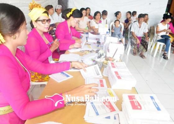 Nusabali.com - tps-009-dilayani-kpps-perempuan