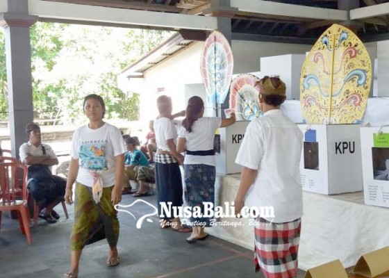 Nusabali.com - tps-ketua-bawaslu-klungkung-kurang-surat-suara-dpd