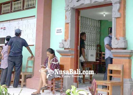 Nusabali.com - surat-suara-kurang-pemilih-antre-nyoblos