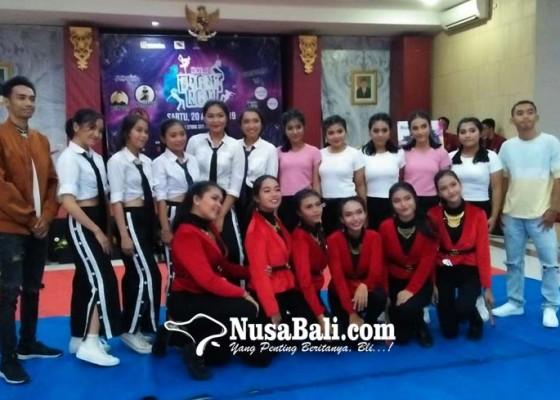 Nusabali.com - frontrow-memberi-warna-baru-stiki-indonesia-dengan-kreatifitas-modern-dance