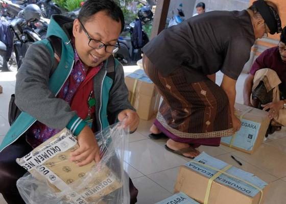 Nusabali.com - 13120-siswa-smp-di-denpasar-ikuti-un