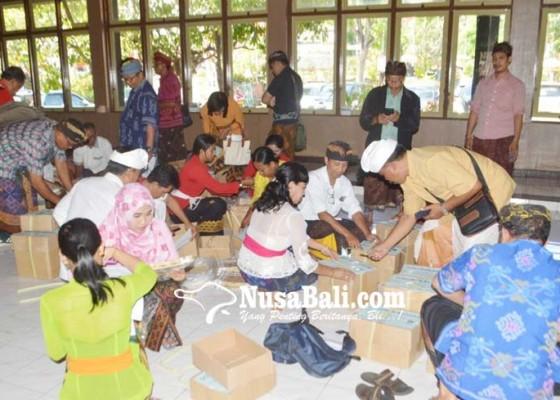 Nusabali.com - naskah-un-smp-sudah-tiba-di-rayon