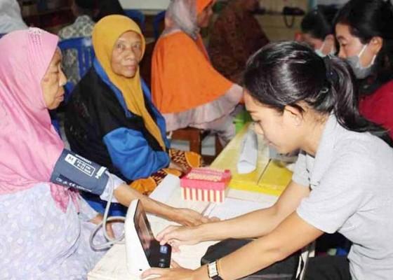 Nusabali.com - polres-karangasem-gelar-pengobatan-gratis