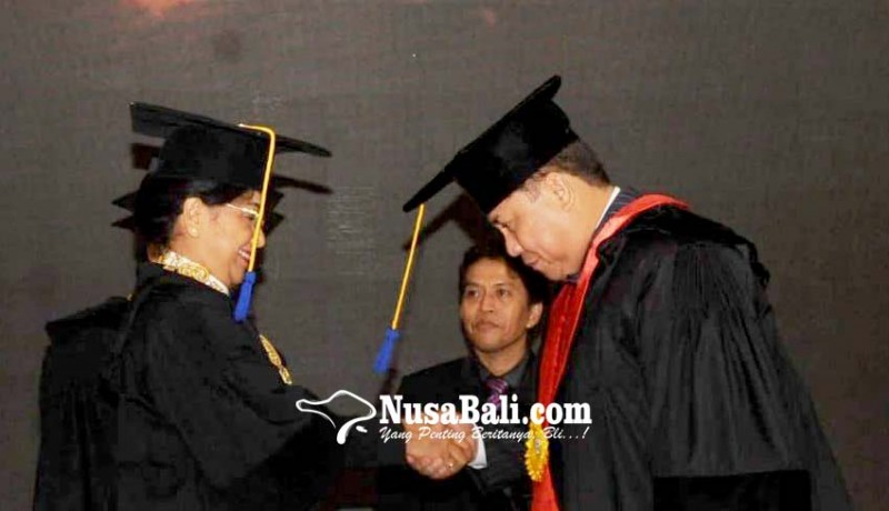 www.nusabali.com-unud-anugerahi-kapolda-bali-gelar-doktor-kehormatan