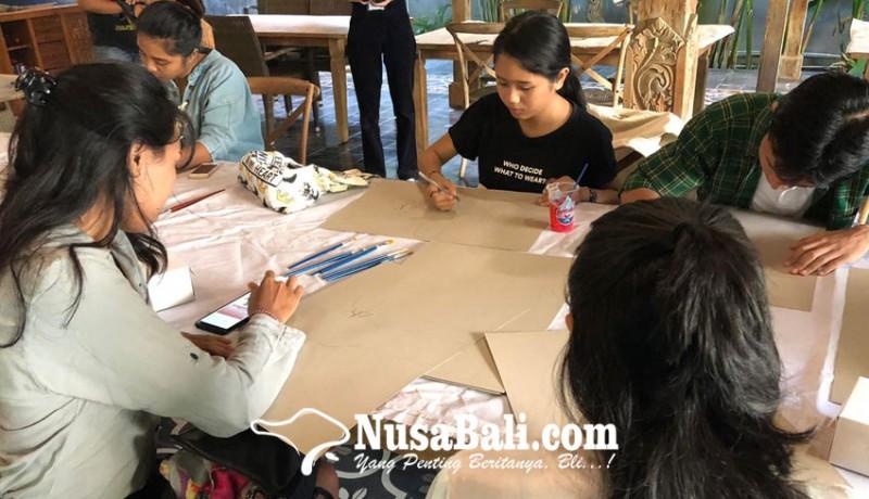 www.nusabali.com-hari-kartini-diisi-nobar-dan-bikin-poster