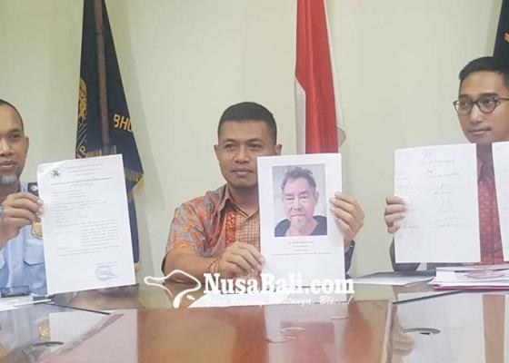 Nusabali.com - wna-belanda-pembuat-onar-dideportasi