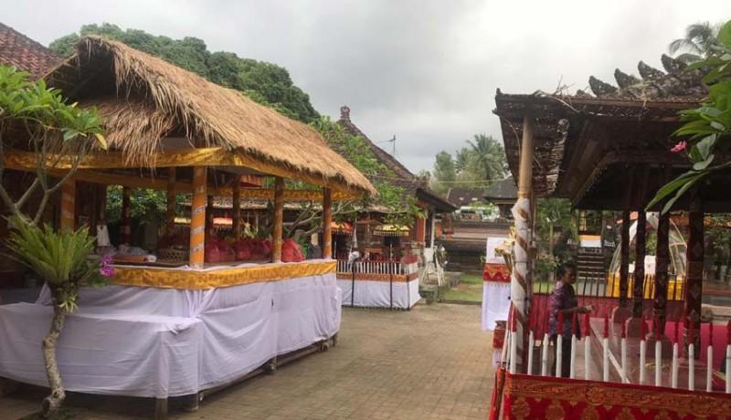 www.nusabali.com-gunakan-bade-setinggi-20-meter-dengan-berat-5-ton