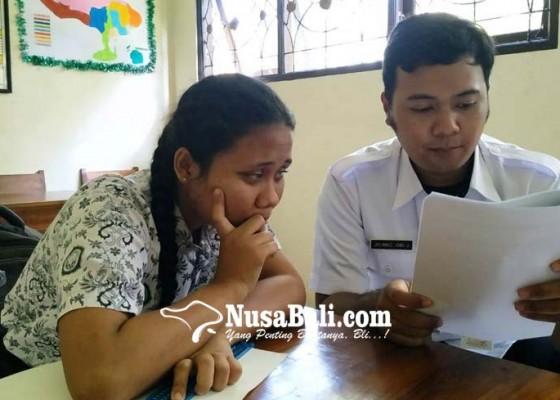 Nusabali.com - soal-bahasa-indonesia-di-slb-tabanan-dikeluhkan