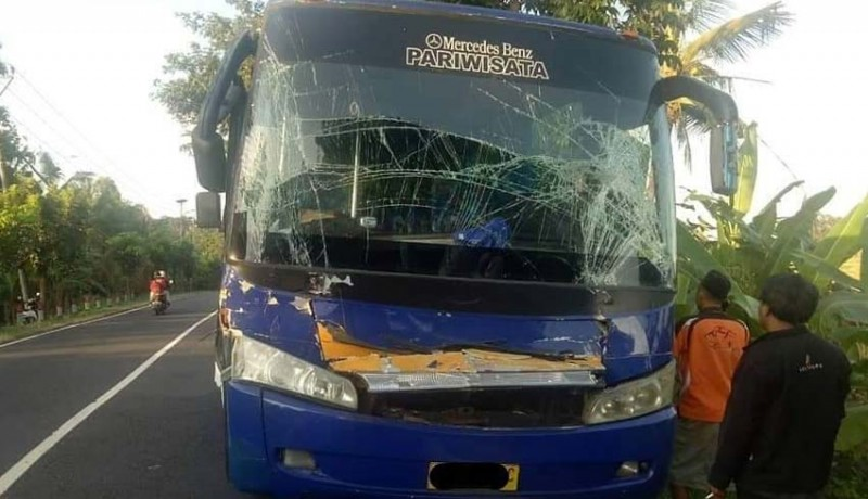 www.nusabali.com-bus-rombongan-siswa-asal-lombok-hantam-truk