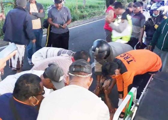 Nusabali.com - tabrak-mobil-pengendara-motor-tewas