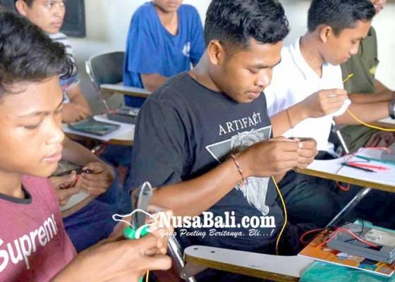 Nusabali.com - disnaker-gelar-latihan-ketrampilan