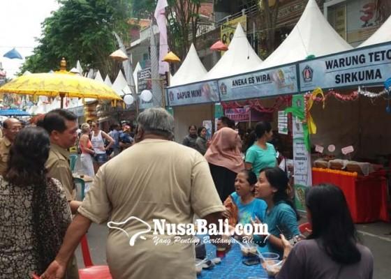 Nusabali.com - pengunjung-festival-semarapura-tembus-23000