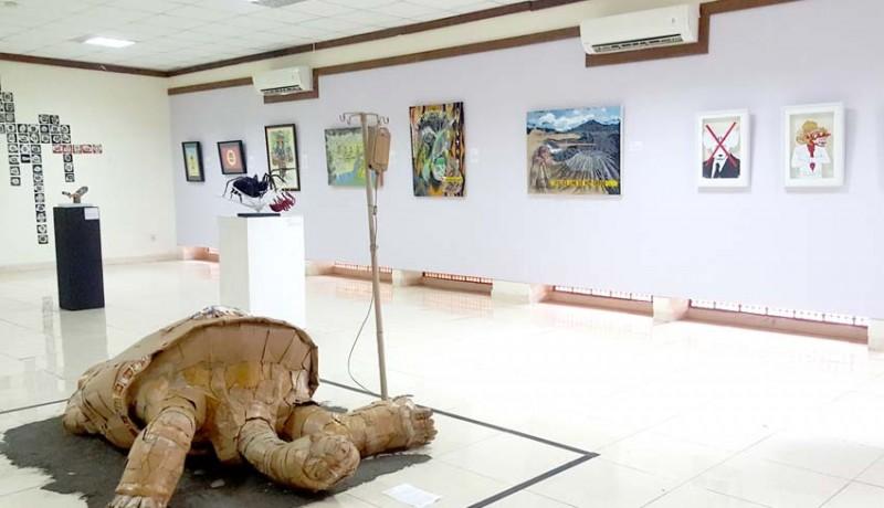 www.nusabali.com-undiksha-gaungkan-peduli-lingkungan-lewat-pameran-seni