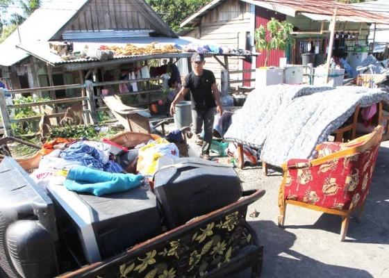 Nusabali.com - pengungsi-banjir-bengkulu-butuh-tenda-hingga-air-bersih