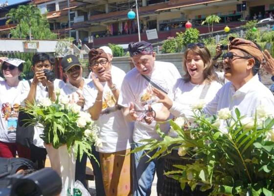 Nusabali.com - ratusan-delegasi-owhc-kunjungi-situs-bersejarah-di-denpasar