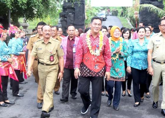 Nusabali.com - masuk-12-nominasi-nasional-pkk-desa-dalung-dinilai-tim-pusat