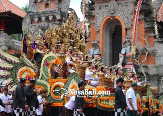 Nusabali.com - pawai-budaya-anti-gabus-dan-plastik