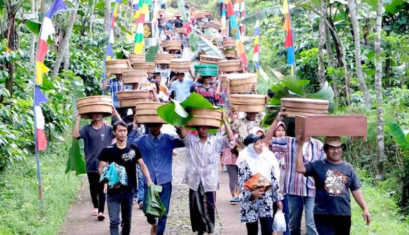 www.nusabali.com-tradisi-nyadran-kembangsari